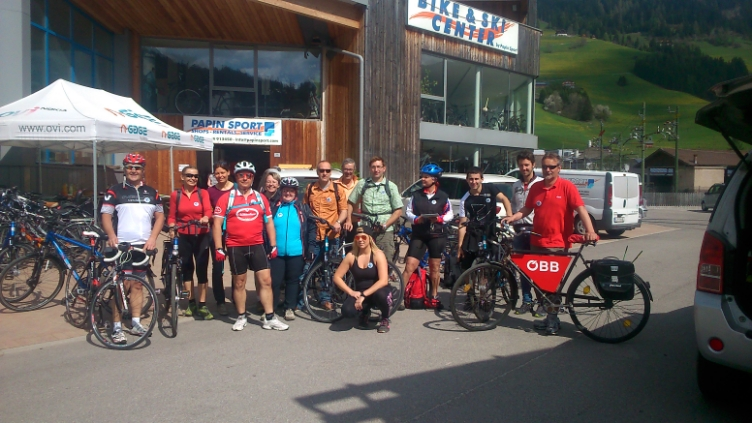 Gruppe am Drauradweg